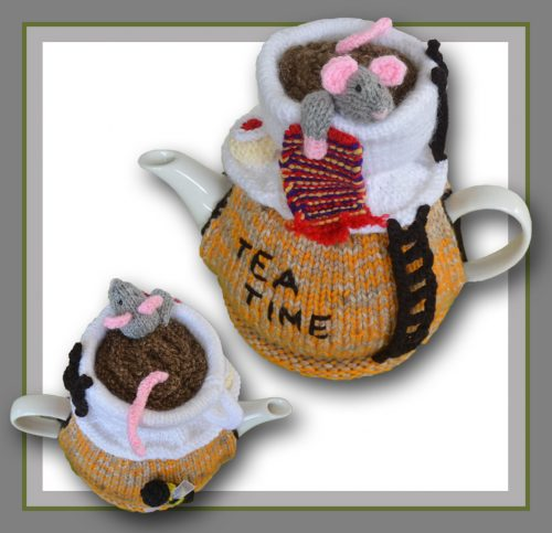 mouse in a tea cup , tea cosy logo