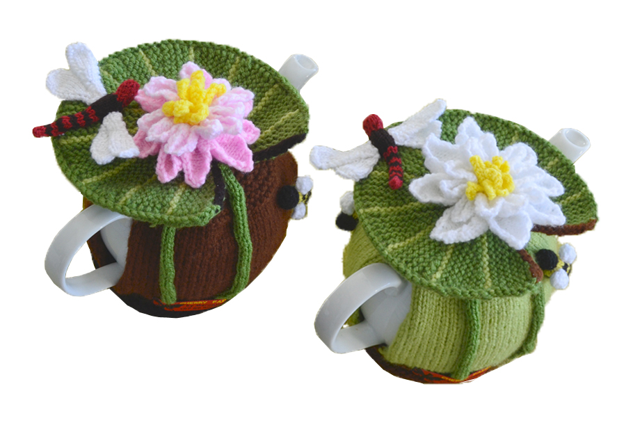 Water Lilly dragonfly pattern tea cozy