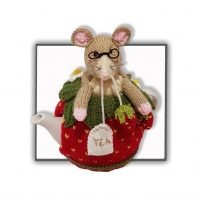 Strawberry Dormouse Tea Cosy – PDF Knitting pattern