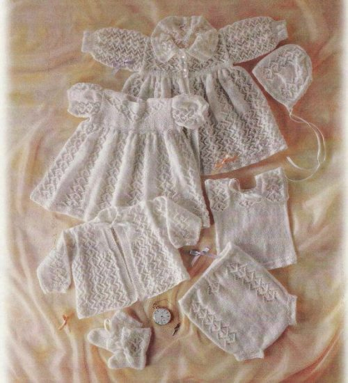 7pce Rosebud layette 0 - 3 months
