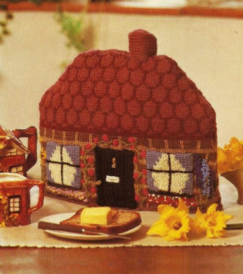 English Chocolate Box Cottage Tea Cosy