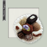 DK Chocolate Anyone, Plate of Chocolate Pralines – Knitted