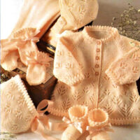 4ply Baby layette in lace Knitting with 6 pieces in 4 sizes
