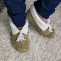Cosy Beginners Slipper Bed Socks  in 3 sizes  S, M, and L